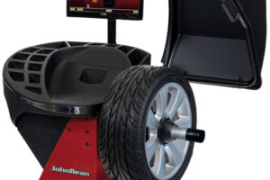 New Touch-screen Automatic Wheel Balancer