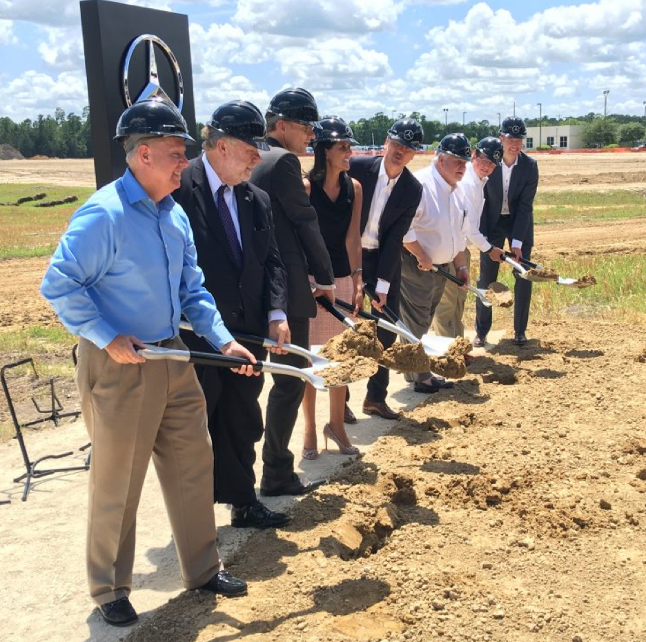 Mercedes benz breaks ground on new sprinter plant in south for Jobs at mercedes benz charleston sc