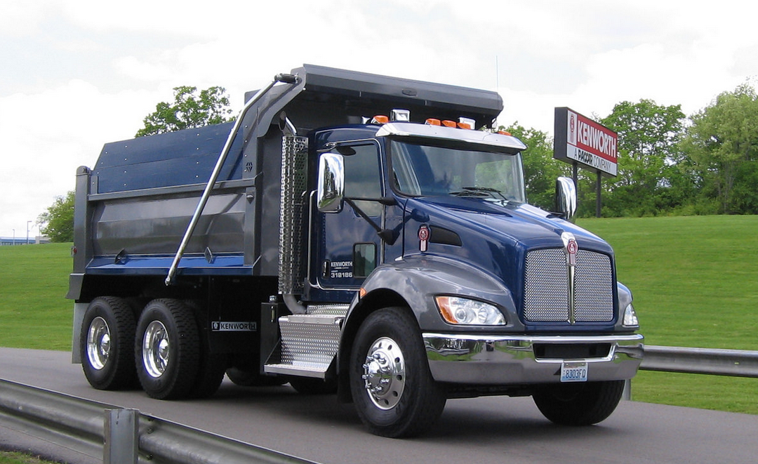 Kenworth Boosts Fuel Economy On T680 And T880 Fleet News