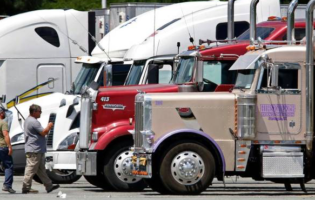 Independent Trucker Group Pushes for Repeal of ELDs and Speed Limiters