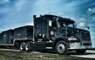 Daseke Announces Stock Plan for Truck Drivers