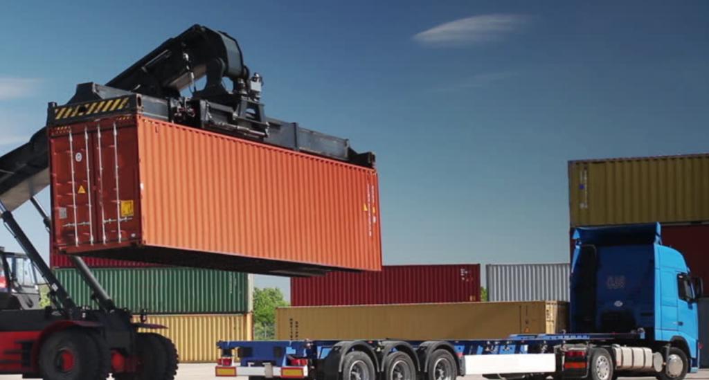 truck at port