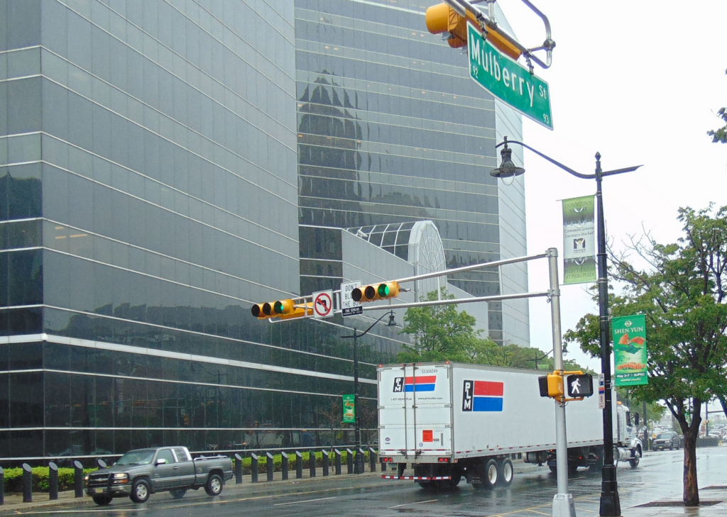 PLM Trailer Leasing Moves Headquarters to Newark, NJ