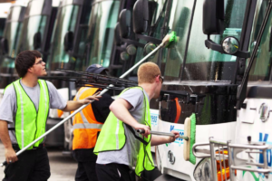 Mobile Commercial Vehicle Cleaning Company Franchises Across U.S.