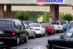 Gas Prices Continue to Inch Up Before Fourth of July Holiday