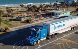 Autonomous Semi-Truck Completes Trip from California to Florida