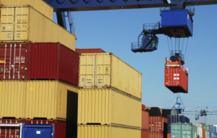Spot Load Posts, Capacity Hold Firm as Rates Decline