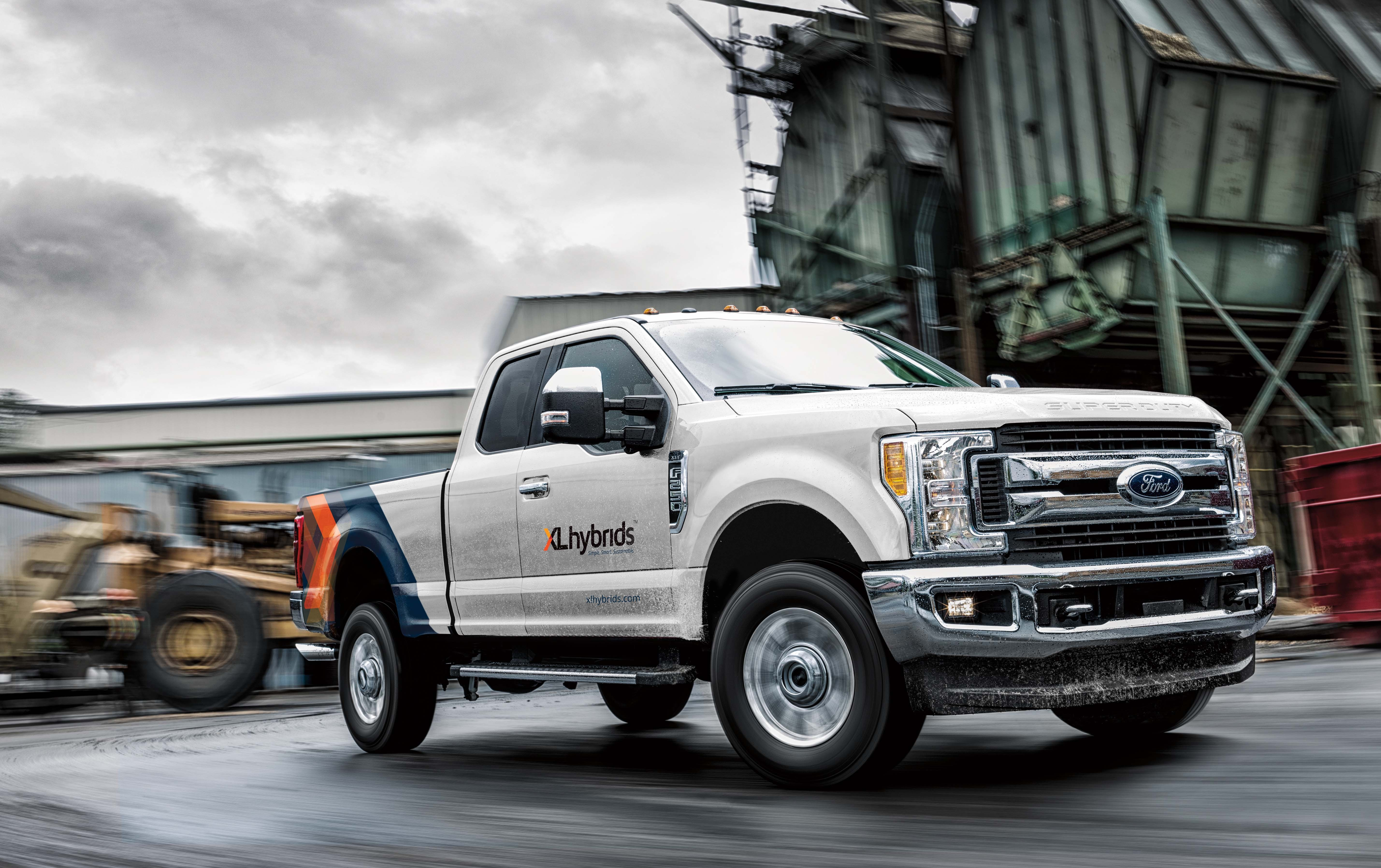 xl hybrids unveils first hybrid electric ford f 250. Black Bedroom Furniture Sets. Home Design Ideas