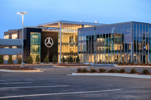 Mercedes benz usa celebrates grand opening of new for Mercedes benz usa dietmar exler