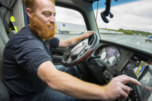 FleetWatch Systems and LifeSaver Partner to Target Distracted Driving