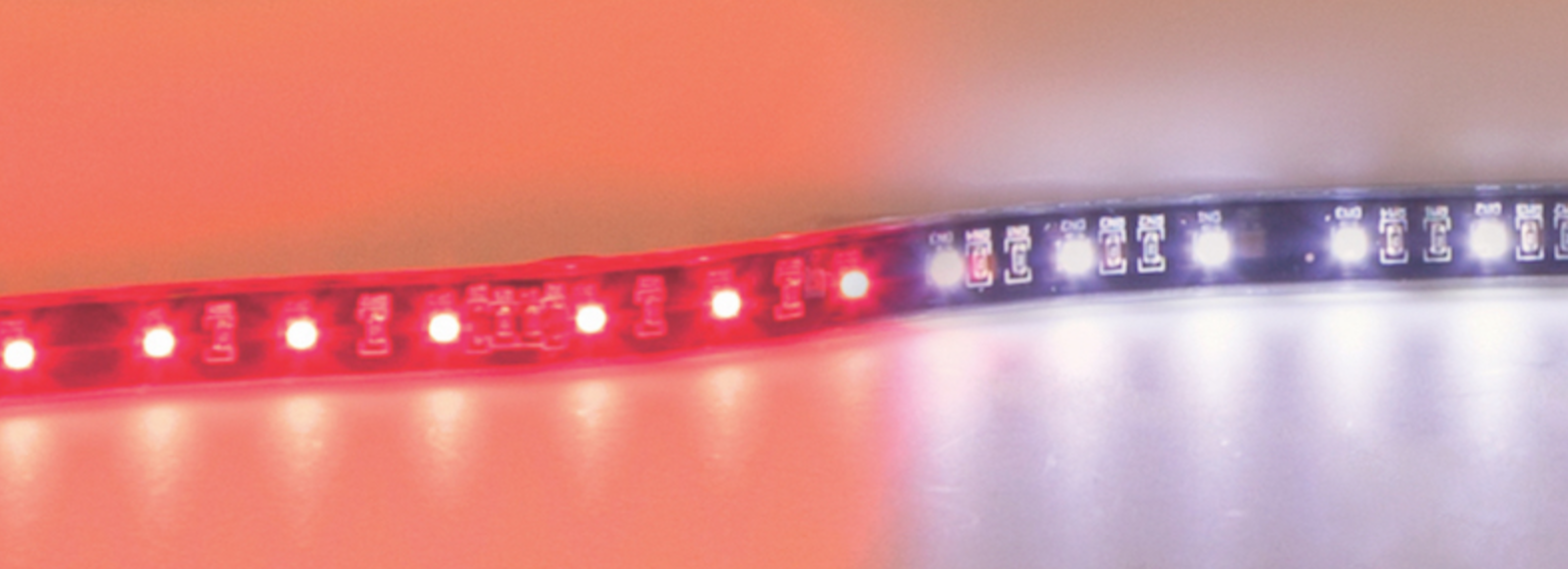 Maxxima Introduces Flexible LED STT/BU Strip Lights for Trucks, Trailers