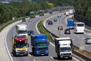 Pro Truckers Cite Vehicle Spacing and Speed as Two Key Concerns