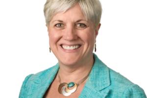 Julie Ragland Named Navistar SVP and CIO