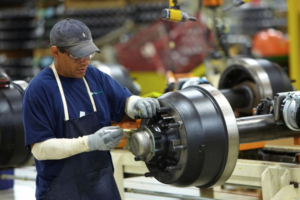Meritor Expands Rebuilder Program for U.S. Axle Carriers