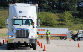 Turnover at Large Truck Fleets Up Strongly