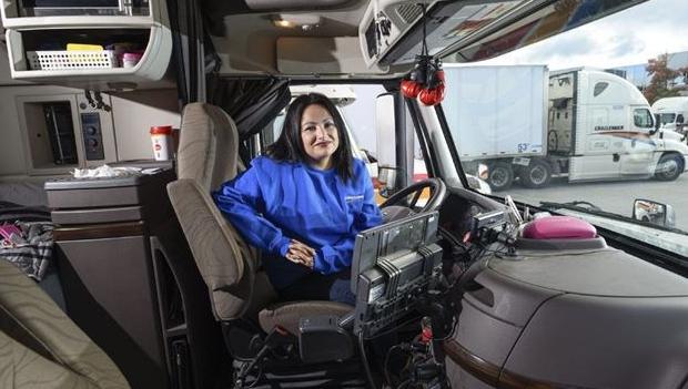 women truck driver