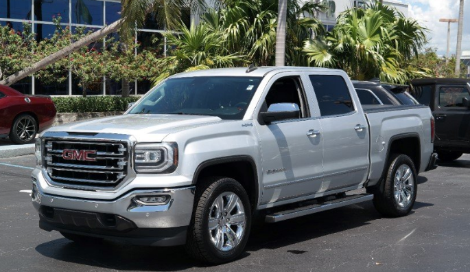 Cars Has Named The Gmc Sierra 1500 Slt Best Half Ton Truck Of 2018 After Putting A Lineup Five Top Pickup Trucks To Test