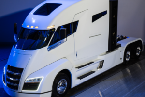 Report Highlights Nascent Market for Electric Trucks for Long-Haul Freight