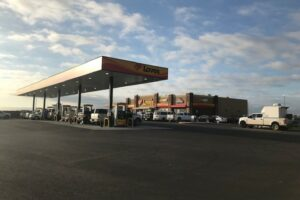 Love's Travel Stops Brings 130 New Jobs, 186 Truck Parking Spaces to New Mexico and Illinois