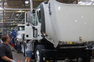 North America Medium and Heavy-Duty Volumes Rise Incrementally in June