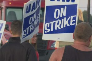 Navistar Impacted By UAW'S Strike At General Motors