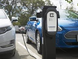New Electric Vehicle Ordinance Makes Chicago National Leader
